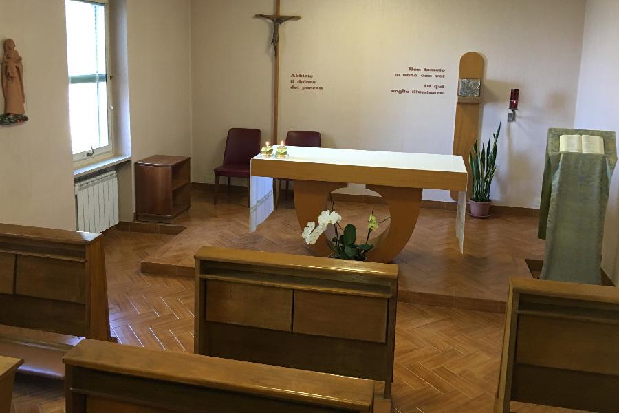 Casa divin maestro regina degli apostoli for Casa artigiana progetta il maestro del primo piano