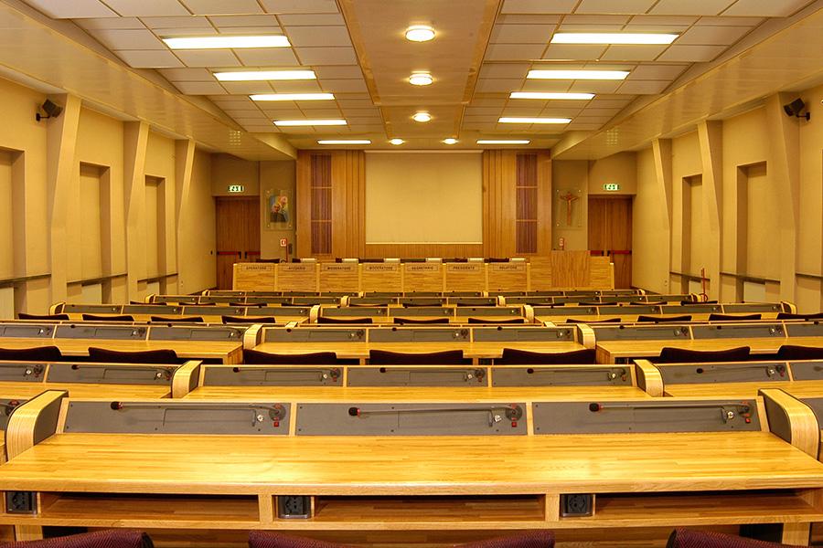 Casa divin maestro auditorium beato giacomo alberione - Sala insonorizzata ...